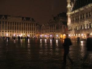 הכיכר המרכזית בבריסל לעת ערב